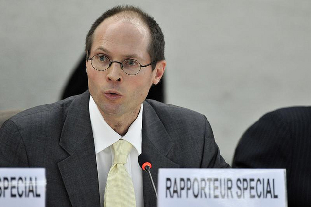 Olivier de Schutter, Special Rapporteur on the Right to Food addresses the Council of Human Rights. Image by UN Geneva, via Flickr CC.